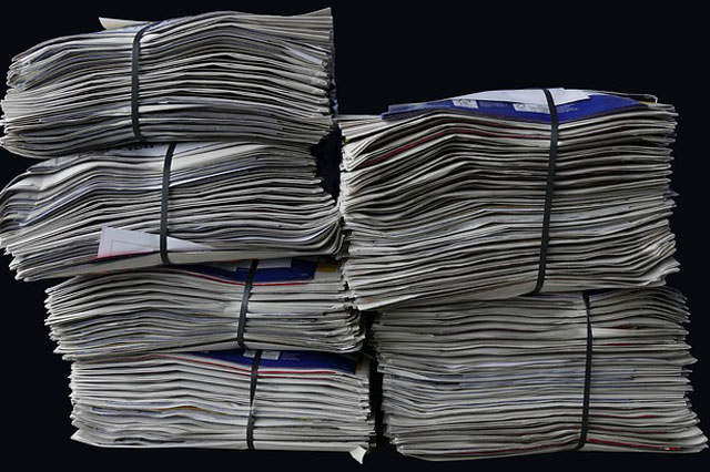 Einstellung der Verwendung von Plastiksäcken zur Erfassung von Altpapier